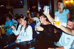 Pröschtli (Cheers!)