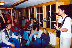 Jeff is continuing his Jungfrau region tour that had kicked off in Murren with his next scheduled performance on Swiss National Day at the Mountain Hostel, Gimmelwald.